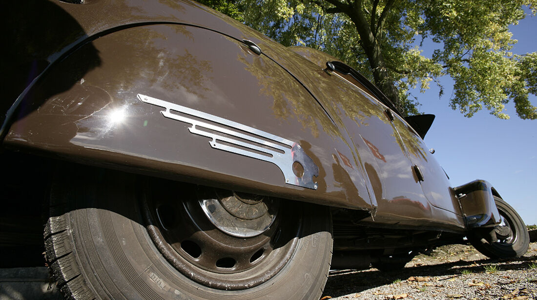 """Peugeot 402 """"Eclipse"""""""