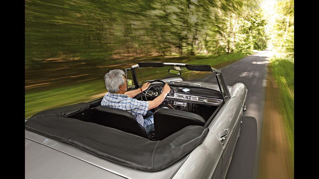 Peugeot 404 C Super Luxe, Fahrersicht