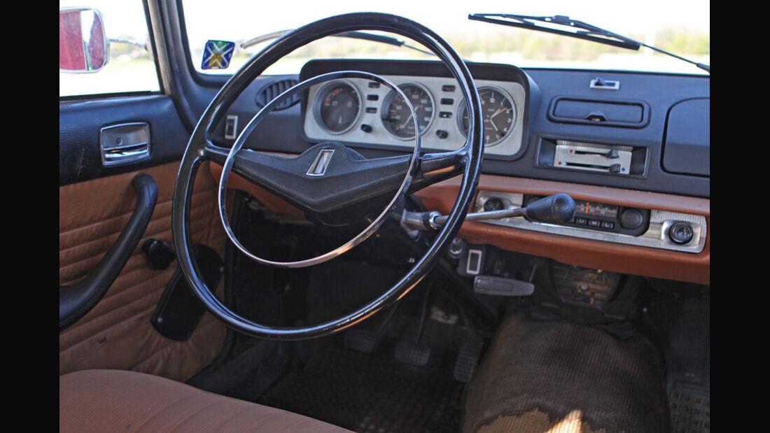 Peugeot 404, Cockpit