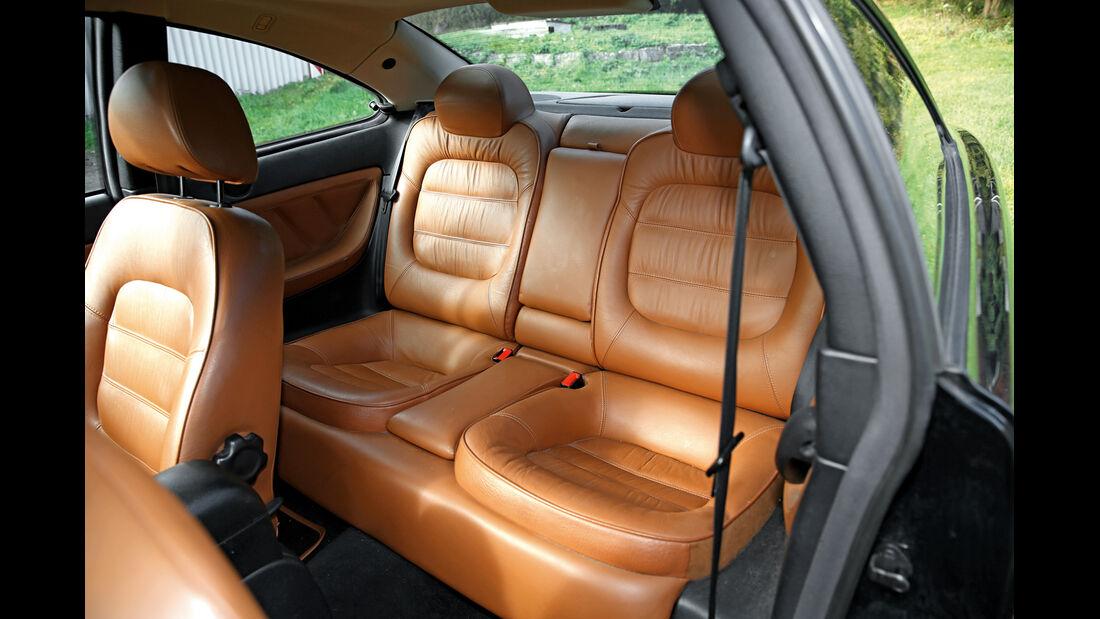 Peugeot 406 Coupé 2.0, Fondsitze