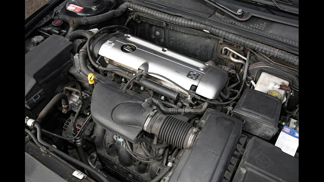 Peugeot 406 Coupé 2.0, Motor