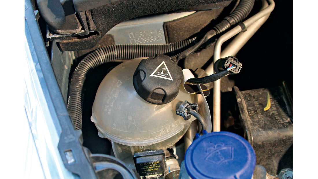 Peugeot 5008 155 THP, Kühlwasserbehälter