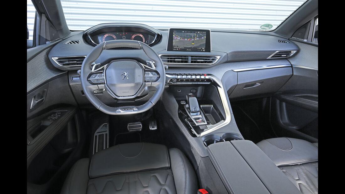 Peugeot 5008 BlueHDi 180 GT, Cockpit