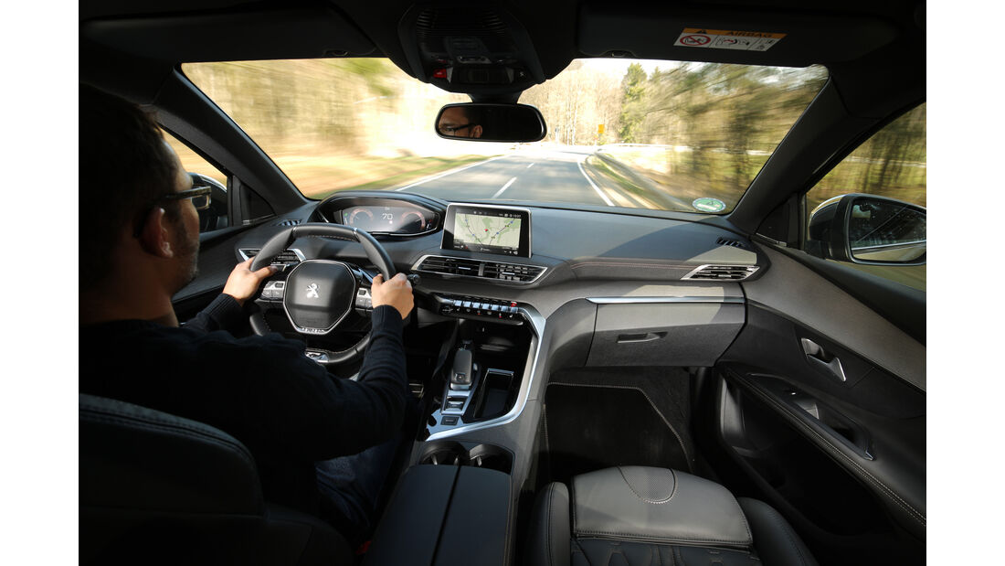 Peugeot 5008 BlueHDi 180 GT, Fahrersicht