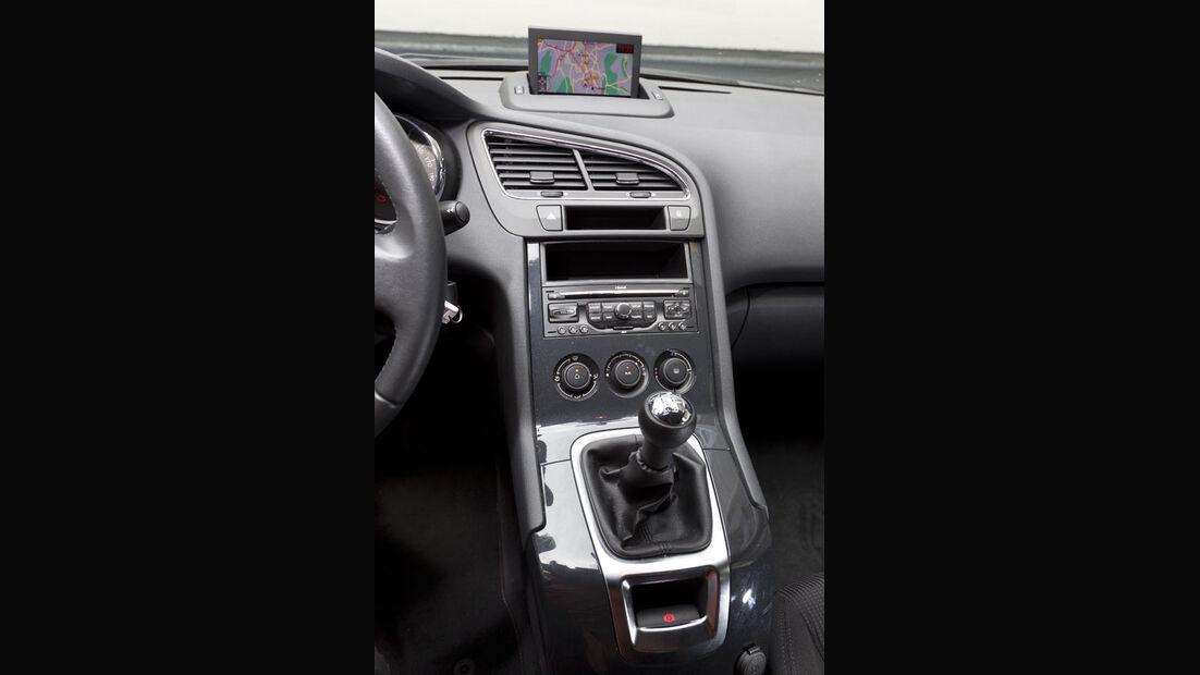 Peugeot 5008, Mittelkonsole, Navigationssystem