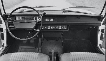 Peugeot 504 L, Cockpit