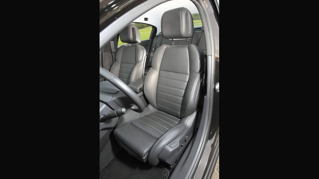 Peugeot 508 155 THP, Sitze