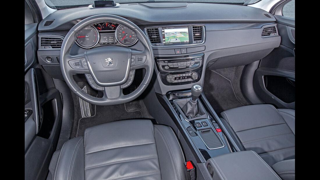 Peugeot 508 SW BlueHDi 150, Cockpit