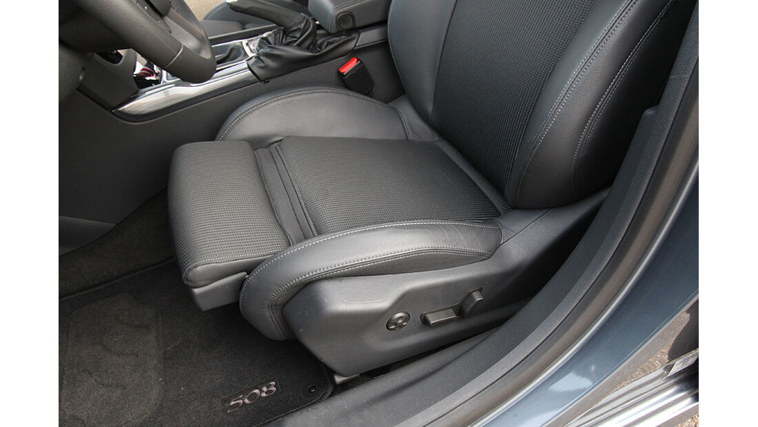 Peugeot 508, ausfahrbare Oberschenkelauflage