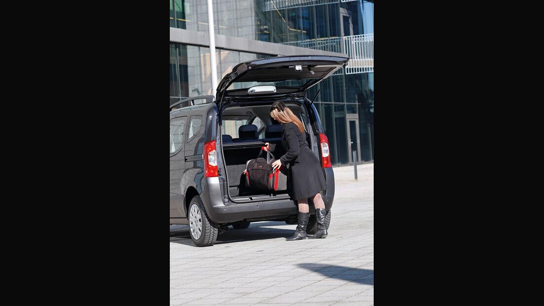 Peugeot Bipper Tepee, Heckklappe, Kofferraum