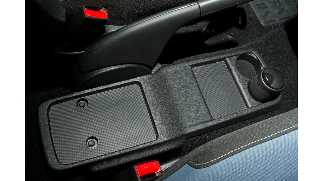 Peugeot Partner Tepee 98 VTi Active, Ablagefach