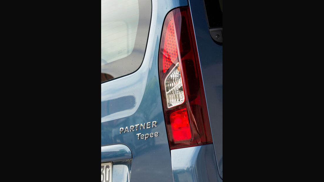 Peugeot Partner Tepee 98 VTi Active, Heckleuchte