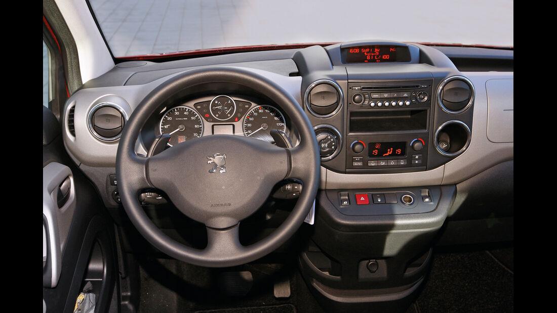 Peugeot Partner Tepee, Cockpit