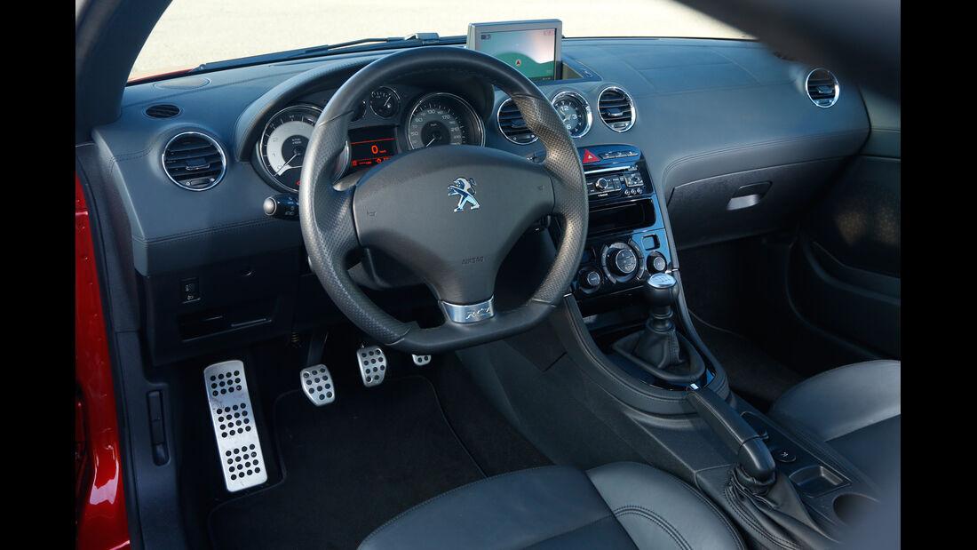 Peugeot RCZ 1.6 200 THP, Cockpit