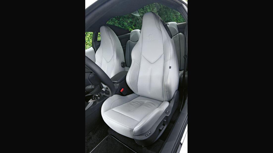 Peugeot RCZ 1.6 200 THP, Sitze