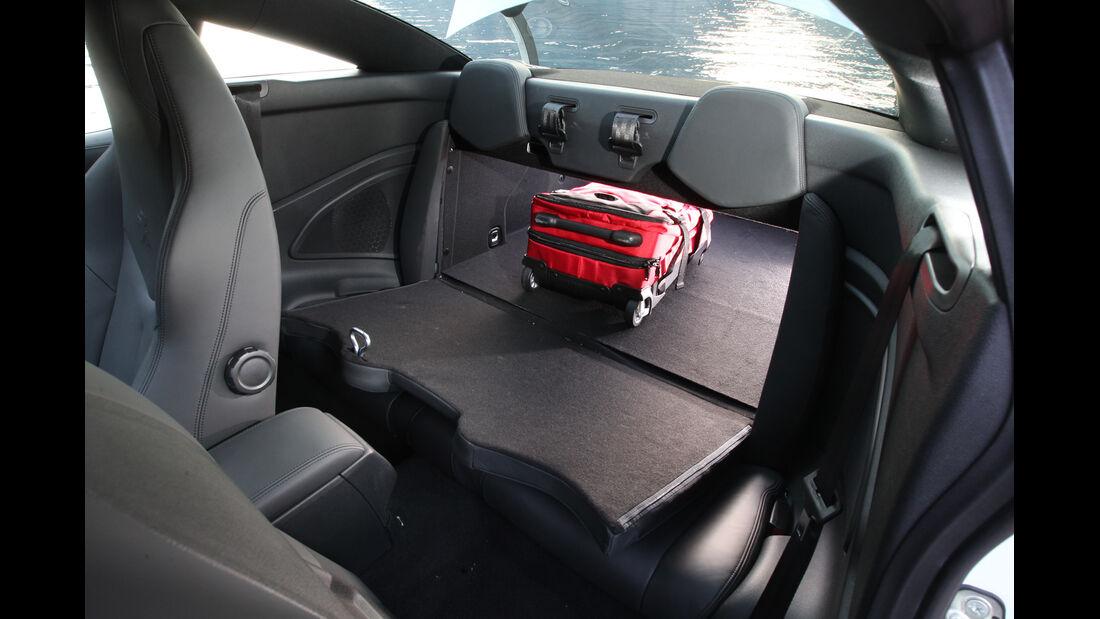 Peugeot RCZ 2.0 HDi 160, Kofferraum, Ladefläche