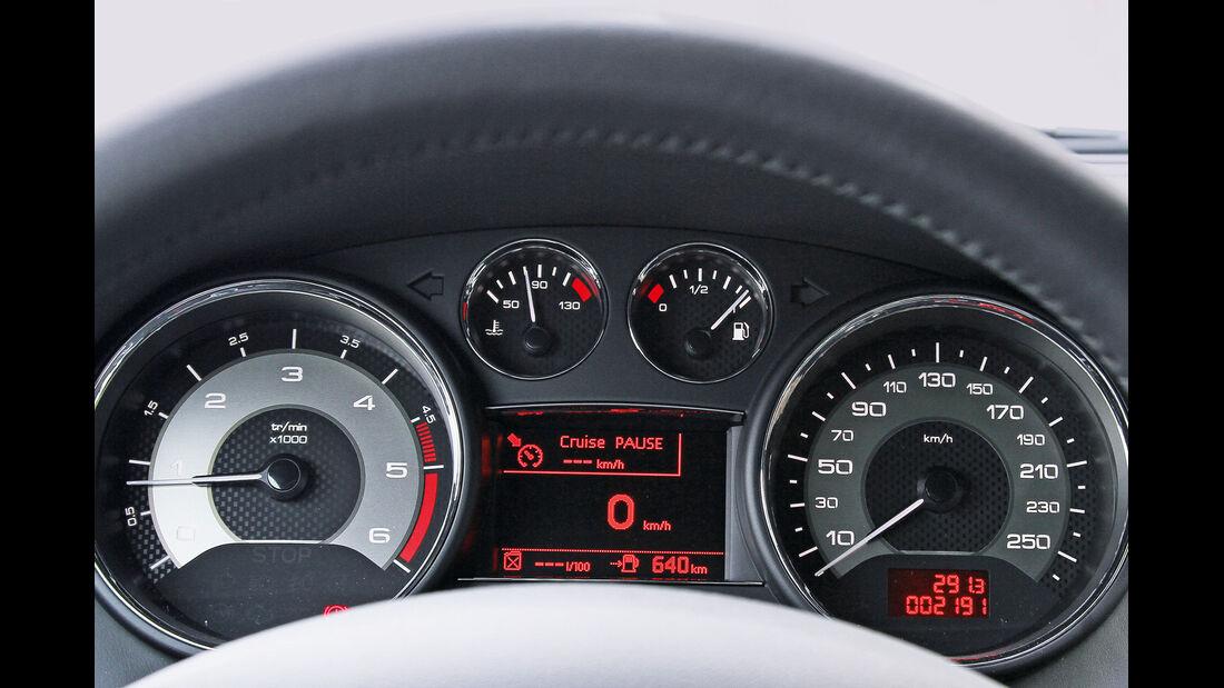 Peugeot RCZ 2.0 HDi FAP 163, Rundinstrumente