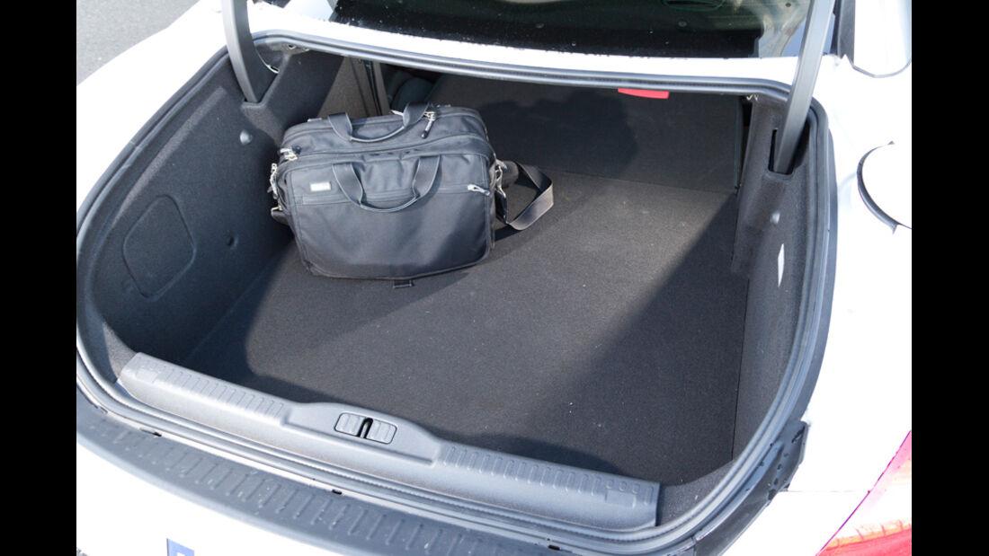Peugeot RCZ, Kofferraum