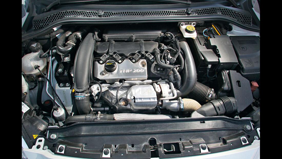 Peugeot RCZ, Motor
