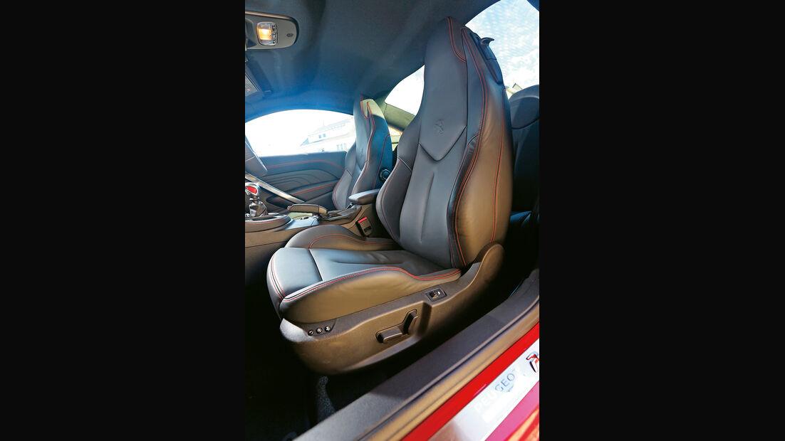 Peugeot RCZ R, Fahrersitz, Sportsitz