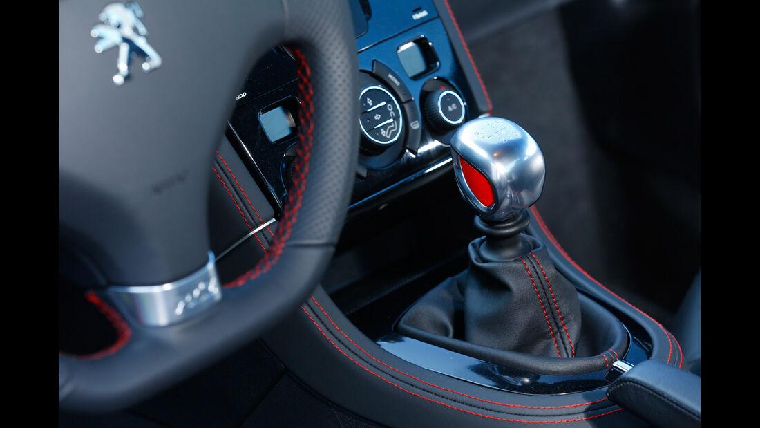 Peugeot RCZ R, Schalthebel, Lenkrad