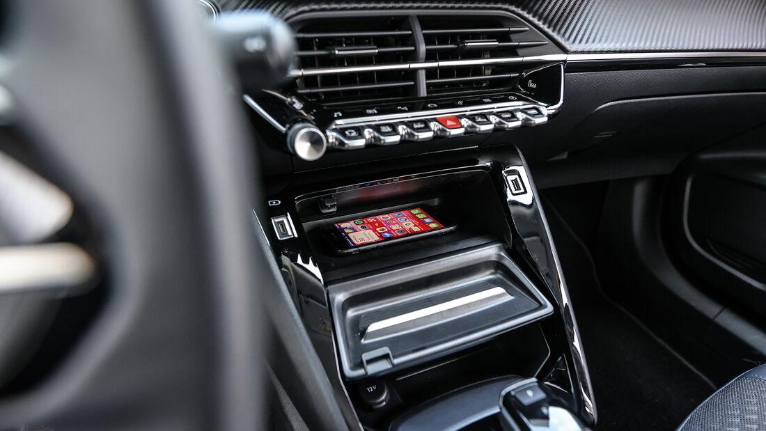 Peugeot e-2008 Allure, Interieur