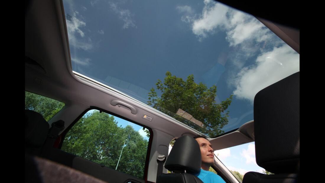 Peugot 308 SW 155 THP Allure, Bildschirm, Dachfenster, Innenraum