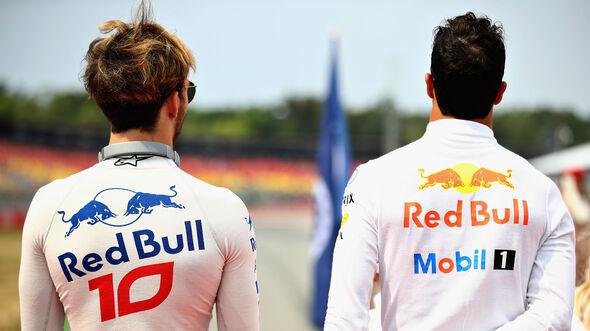 Pierre Gasly & Daniel Ricciardo - Toro Rosso - 2018