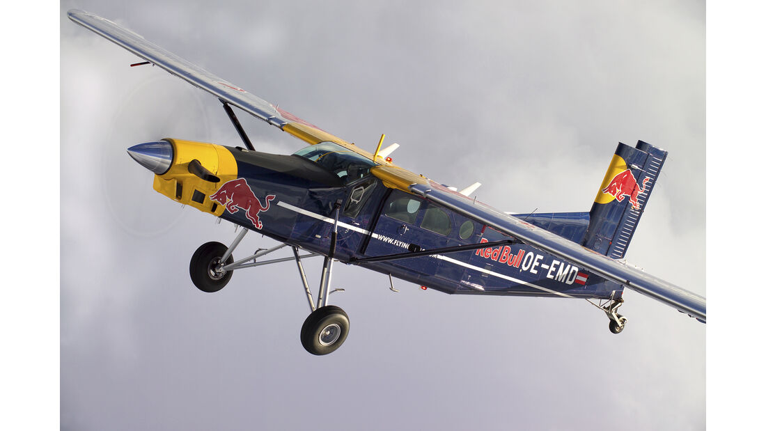 Pilatus Porter PC-6 - Red Bull Flying Bulls