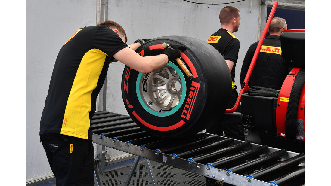 Pirelli - F1-Test - Barcelona - 27. Februar 2017