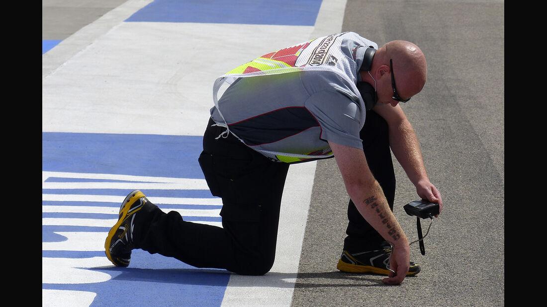 Pirelli - Formel 1 - GP Bahrain - Sakhir - 4. April 2014