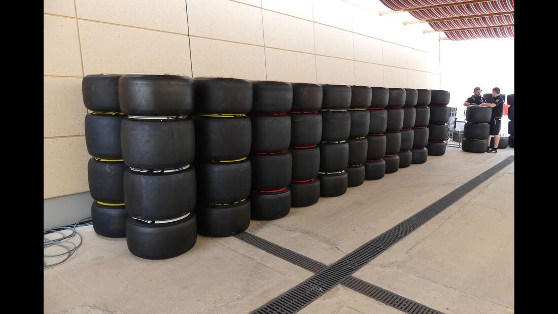 Pirelli - Formel 1 - GP Bahrain -Sakhir - Donnerstag - 13.4.2017