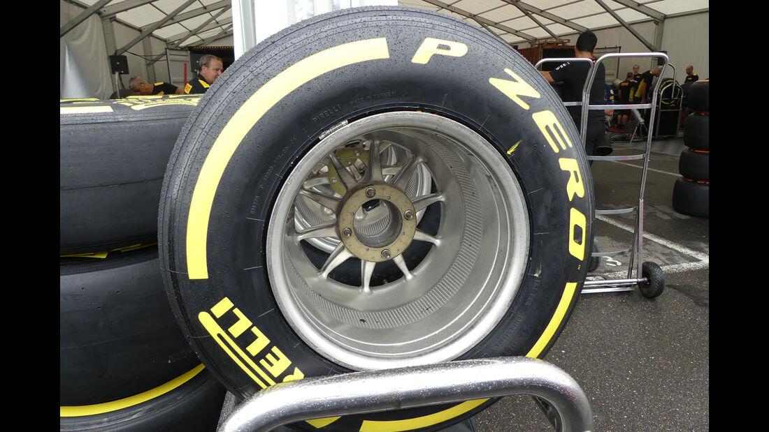 Pirelli - Formel 1 - GP Japan - Suzuka - Mittwoch - 5.10.2016