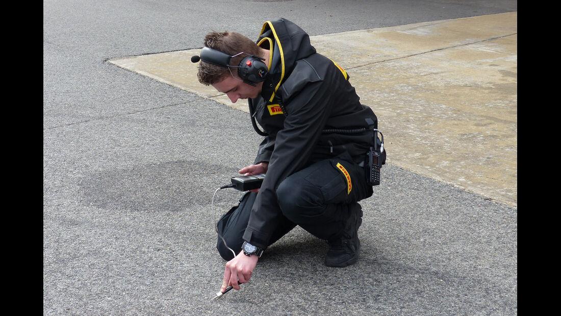 Pirelli - Formel 1-Test - Barcelona - 21. Februar 2015
