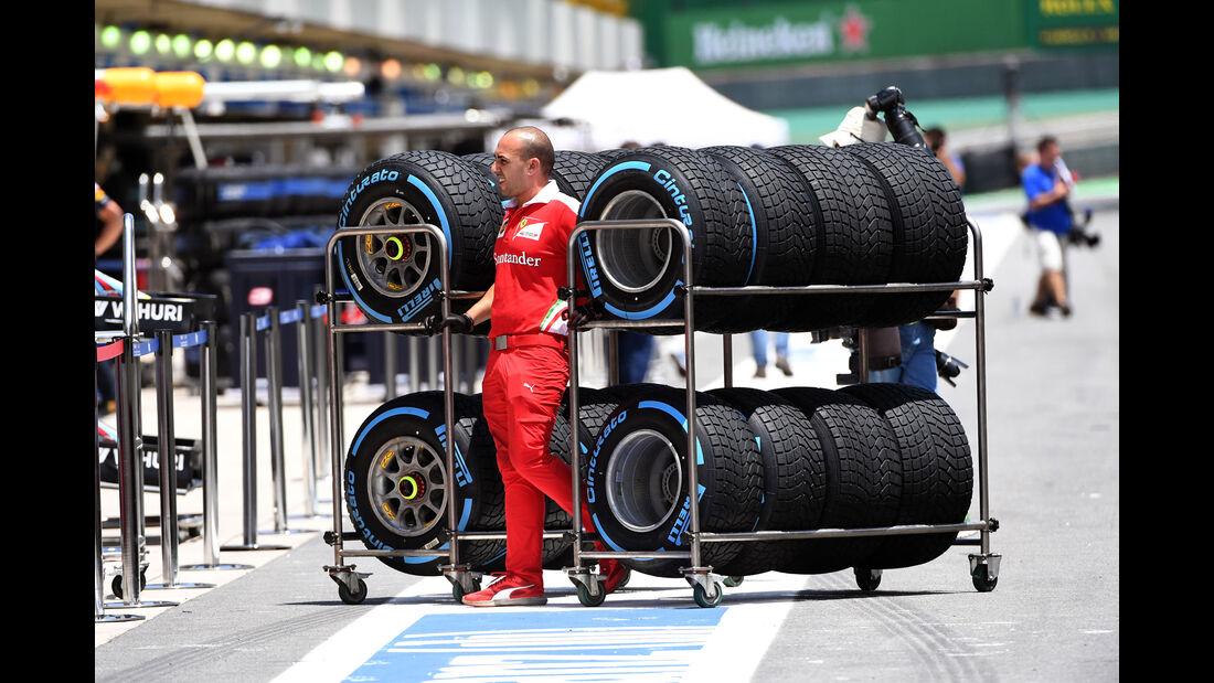 Pirelli - Regenreifen - GP Brasilien 2016