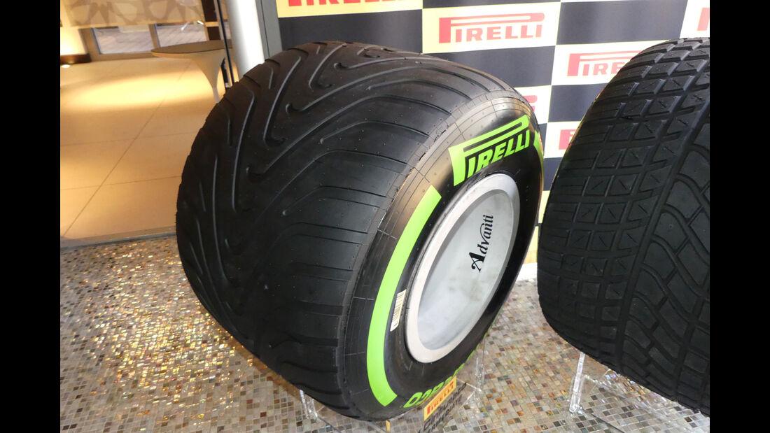 Pirelli - Reifen 2017 - Intermediate - Abu Dhabi