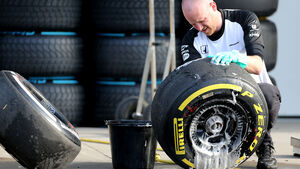 Pirelli-Reifen - Formel 1 - GP China - Shanghai - 10. April 2015