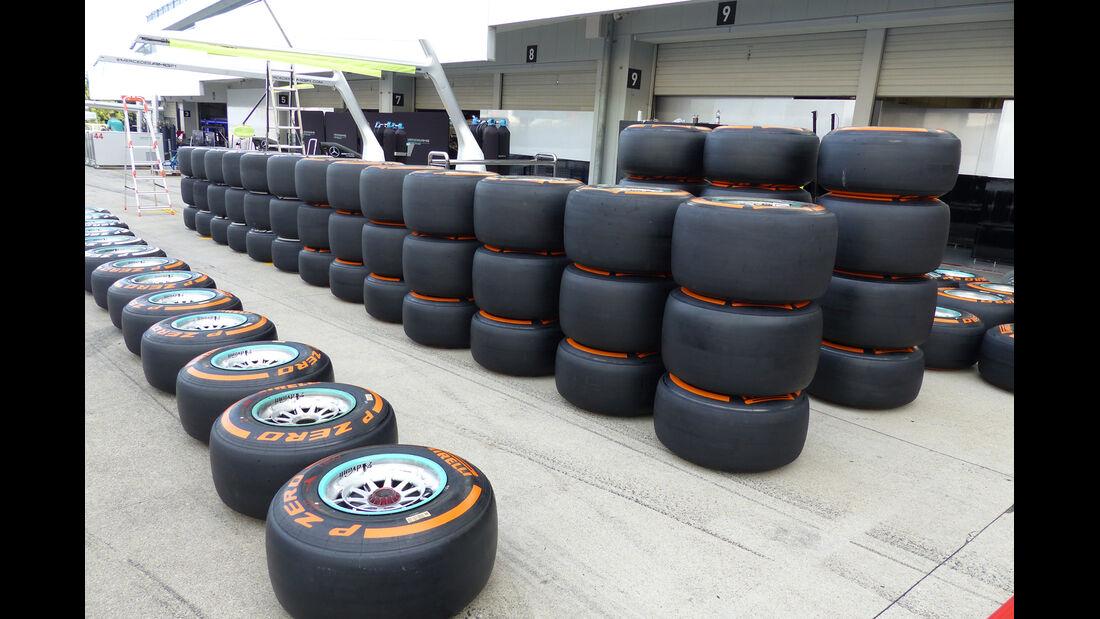 Pirelli-Reifen - Formel 1 - GP Japan - Suzuka - 1. Oktober 2014