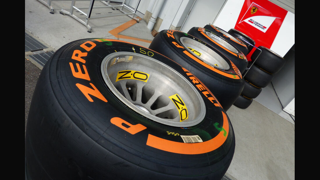 Pirelli-Reifen - Formel 1 - GP Japan - Suzuka - 23. September 2015