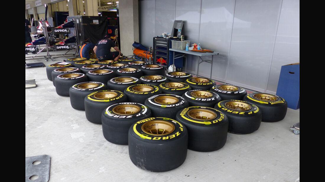 Pirelli-Reifen - Formel 1 - GP Mexico - 28. Oktober 2015