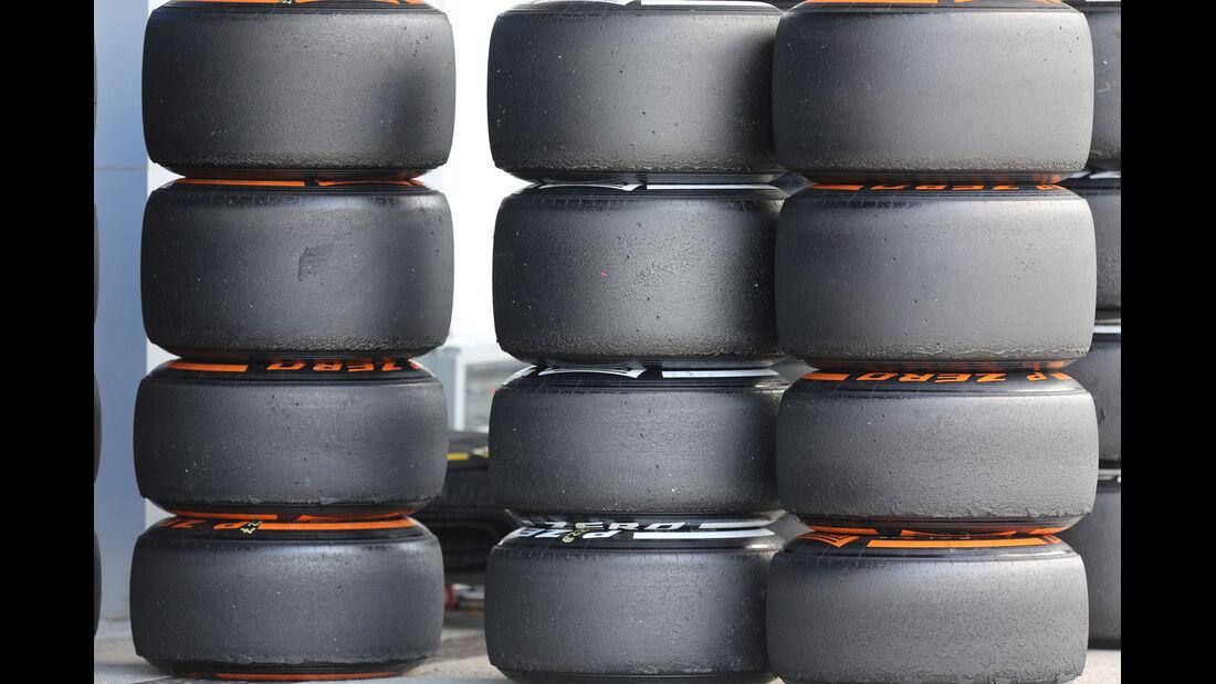 Pirelli-Reifen - Formel 1-Test - Jerez - 4. Februar 2015