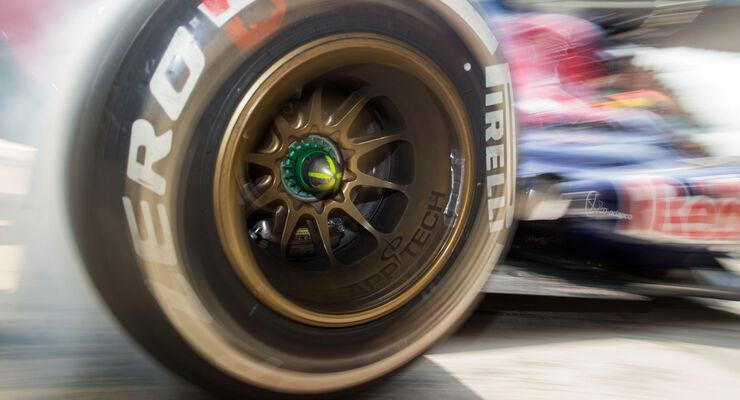 Pirelli Reifen Medium Toro Rosso GP China 2013