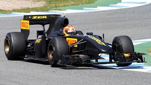 Pirelli Test Renault R30