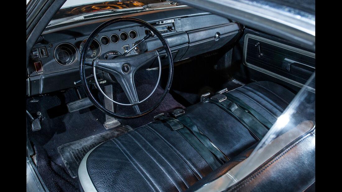 Plymouth Superbird, Cockpit