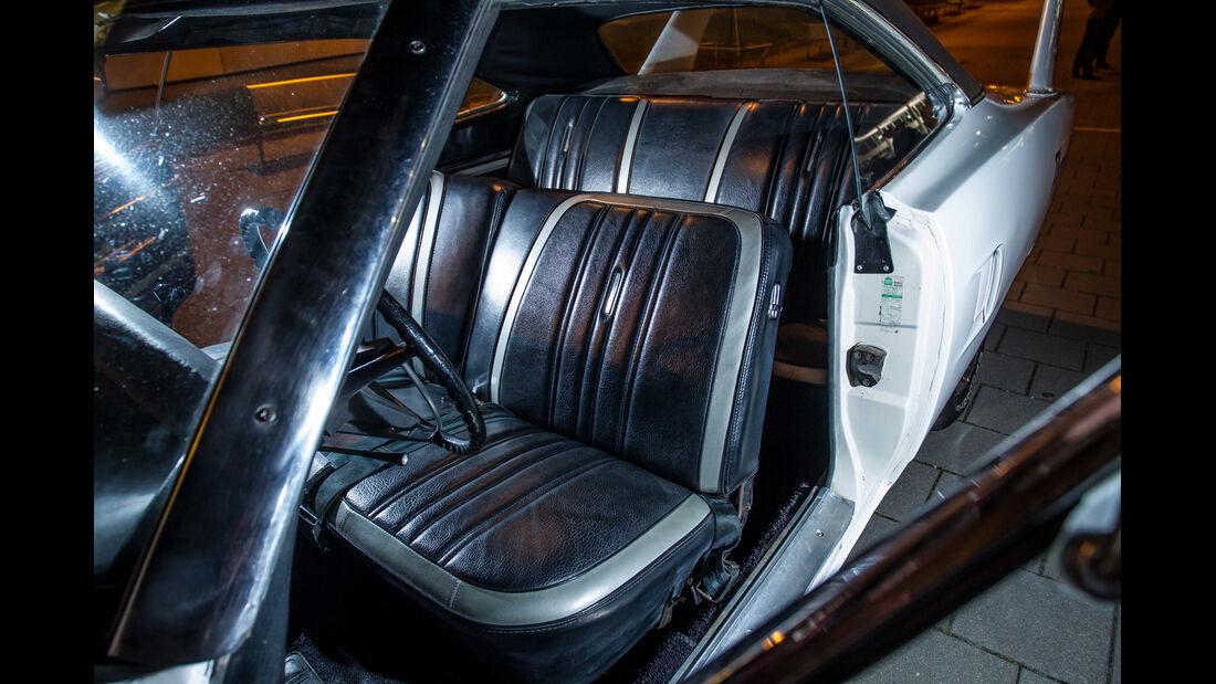 Plymouth Superbird, Fahrersitz
