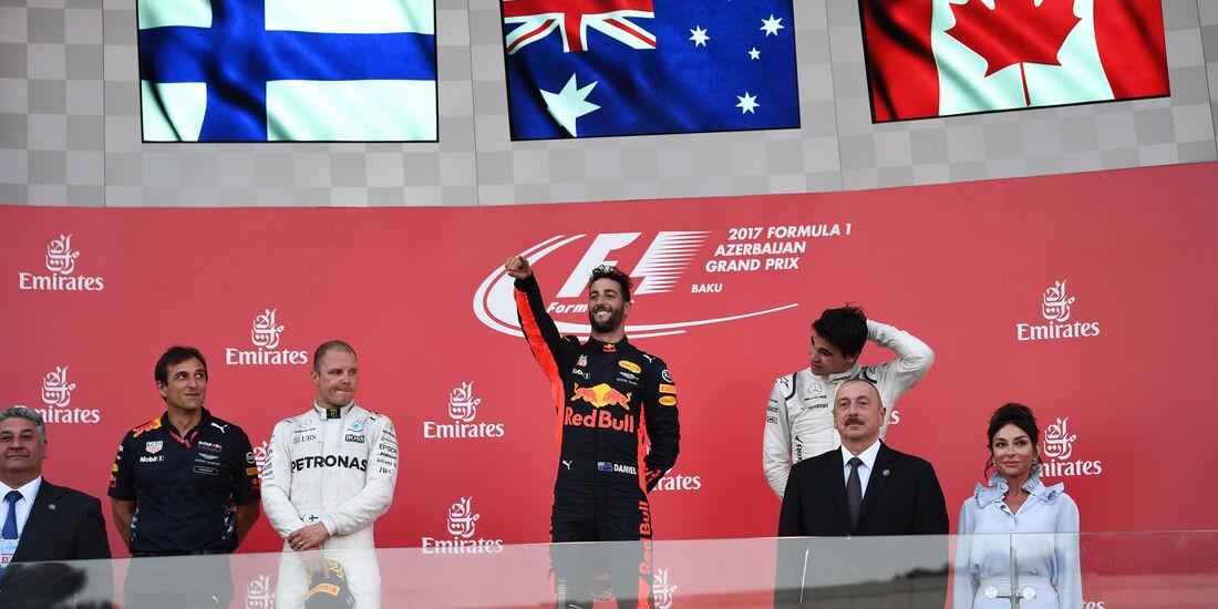 Podest - Ricciardo - Bottas - Stroll - GP Aserbaidschan 2017 - Baku - Rennen