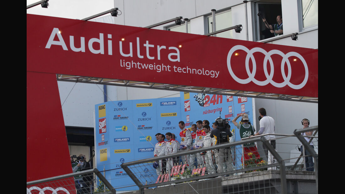 Podium, Ziel, Siegerehrung 24h-Rennen Nürburgring 2012