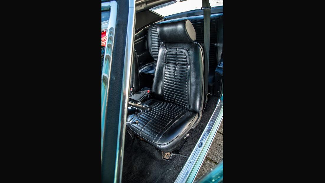 Pontiac Firebird 400, Fahrersitz