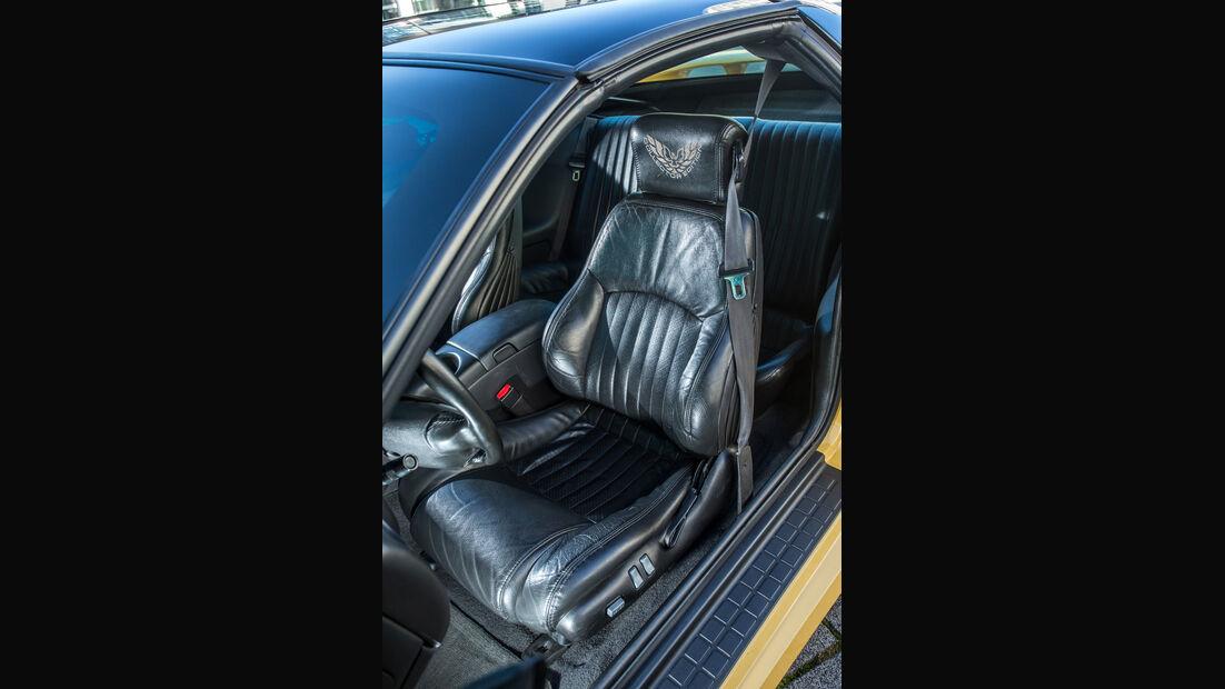 Pontiac Firebird Trans Am (2002), Fahrersitz