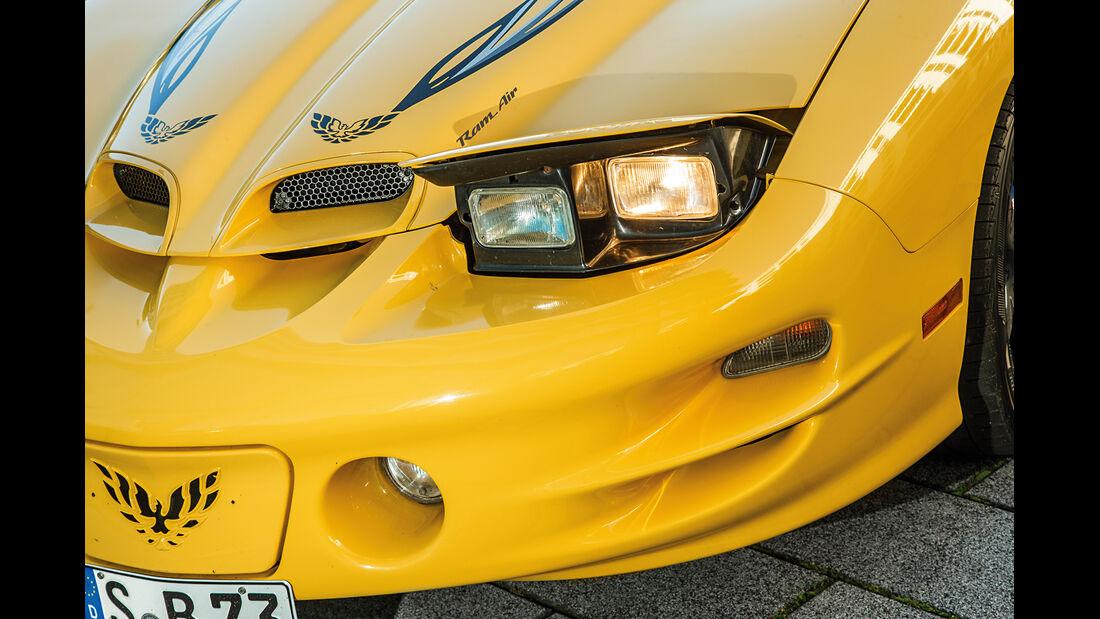 Pontiac Firebird Trans Am (2002), Frontscheinwerfer